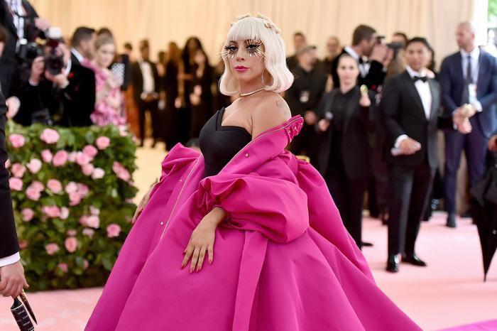 Vogue chọn ra 25 mỹ nhân đẹp nhất mọi thời đại tại thảm đỏ Met Gala-24