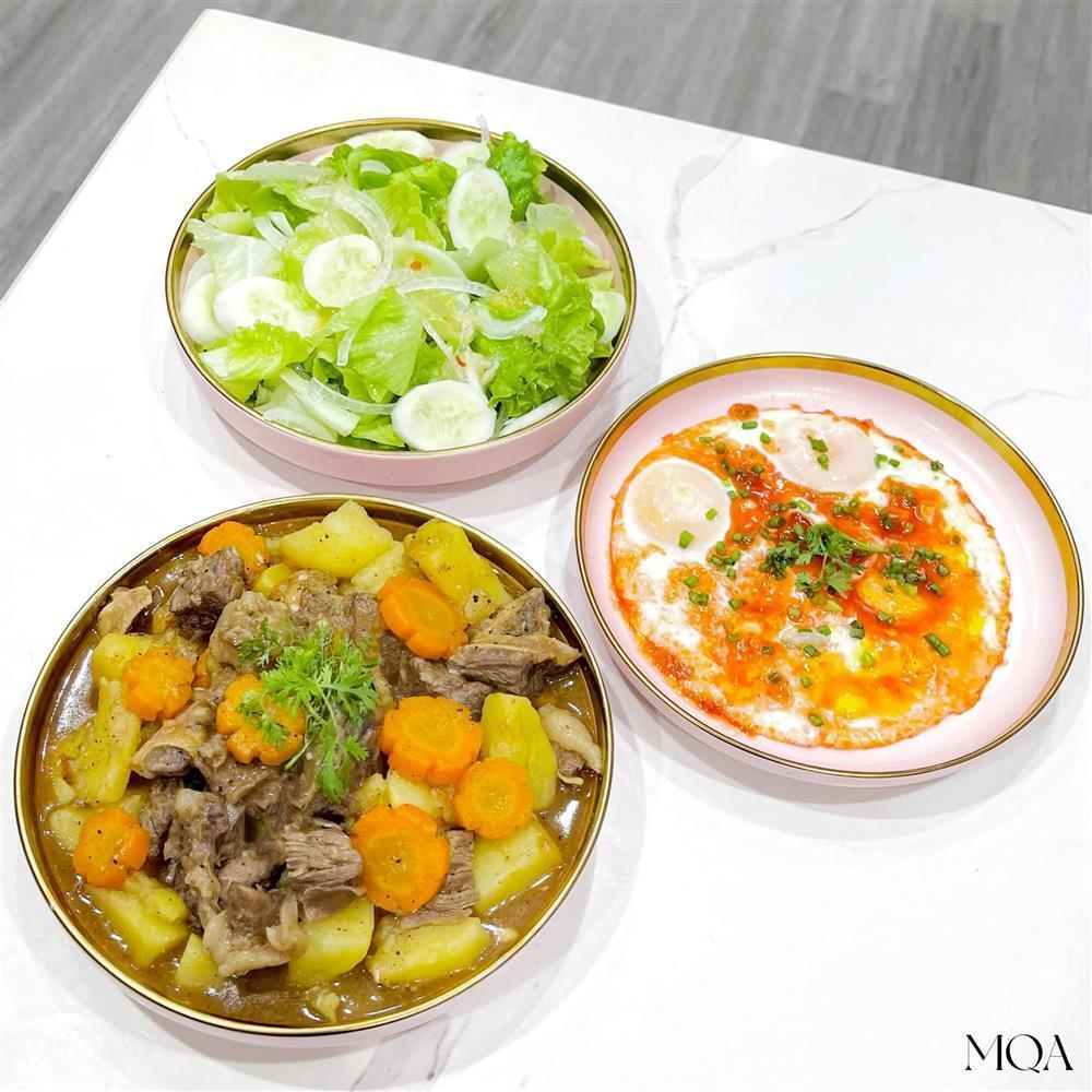 Loạt mâm cơm 3 món ăn cực ngon lại sống ảo đẹp xuất sắc-16