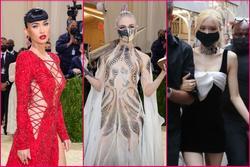 Thảm đỏ Met Gala 2021: Megan Fox xẻ tận rốn, Rosé Blackpink đơn điệu