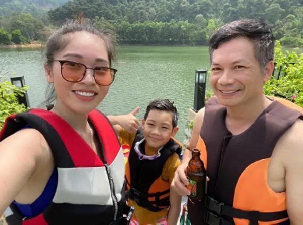 Shark Hưng bị chất vấn chuyện 2 đời vợ-5