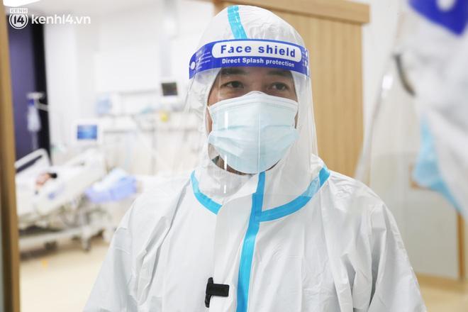 Gặp lại bác sĩ 91 từng chữa trị cho phi công người Anh-12