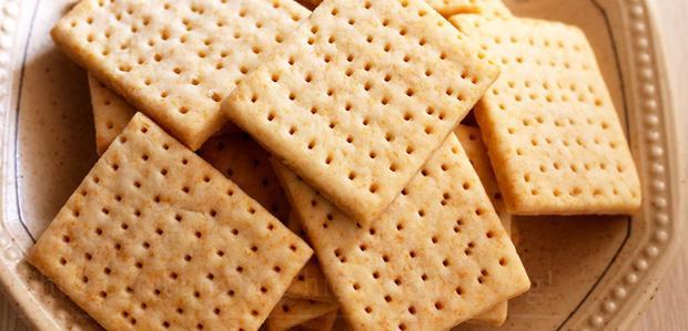 Tại sao trên bánh quy có những lỗ nhỏ? Lý do quá bất ngờ!-1