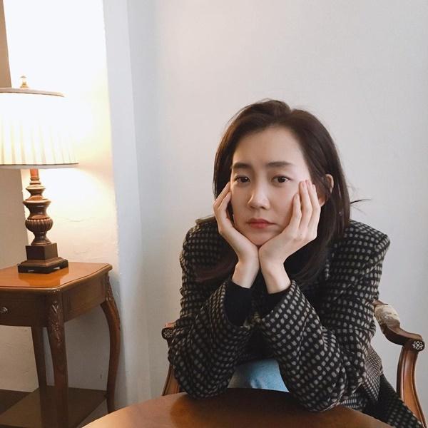 Nhan sắc sao nữ đóng vai người Việt Nam-11