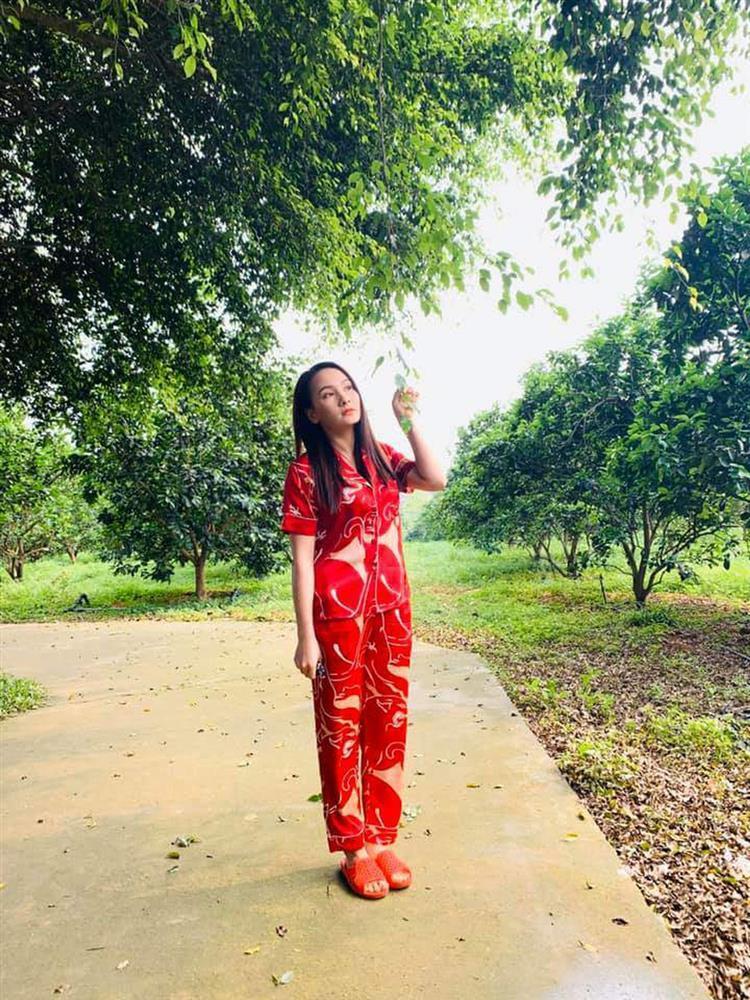 Phương Oanh hít khói nhiều mỹ nhân Việt khi mặc đồ ngủ-18