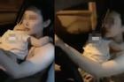 Clip: Mẹ trẻ 1 tay bế con, 1 tay lái ô tô dù chưa thi lấy bằng