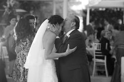 7 lời cha dạy con gái cách chọn chồng chuẩn, nghe thấm từng chữ