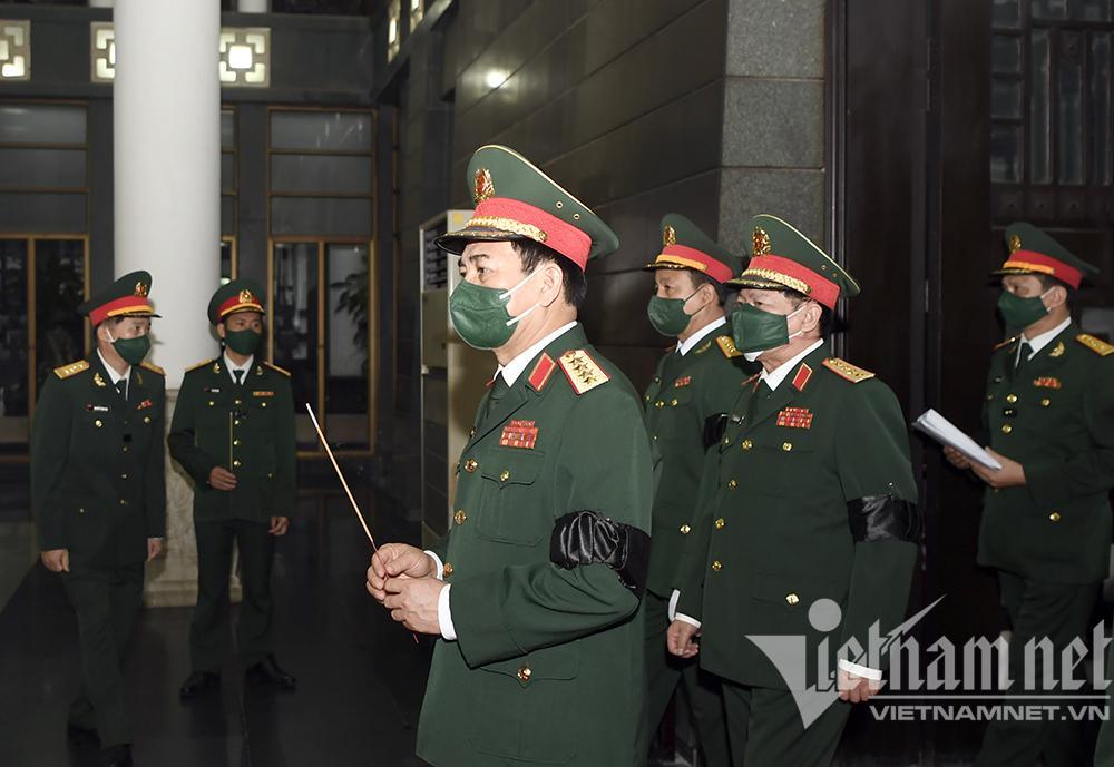 Lãnh đạo Đảng, Nhà nước viếng Đại tướng Phùng Quang Thanh-9