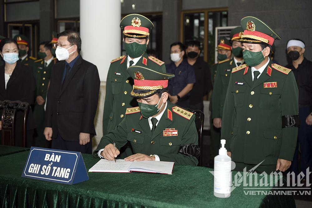 Lãnh đạo Đảng, Nhà nước viếng Đại tướng Phùng Quang Thanh-11