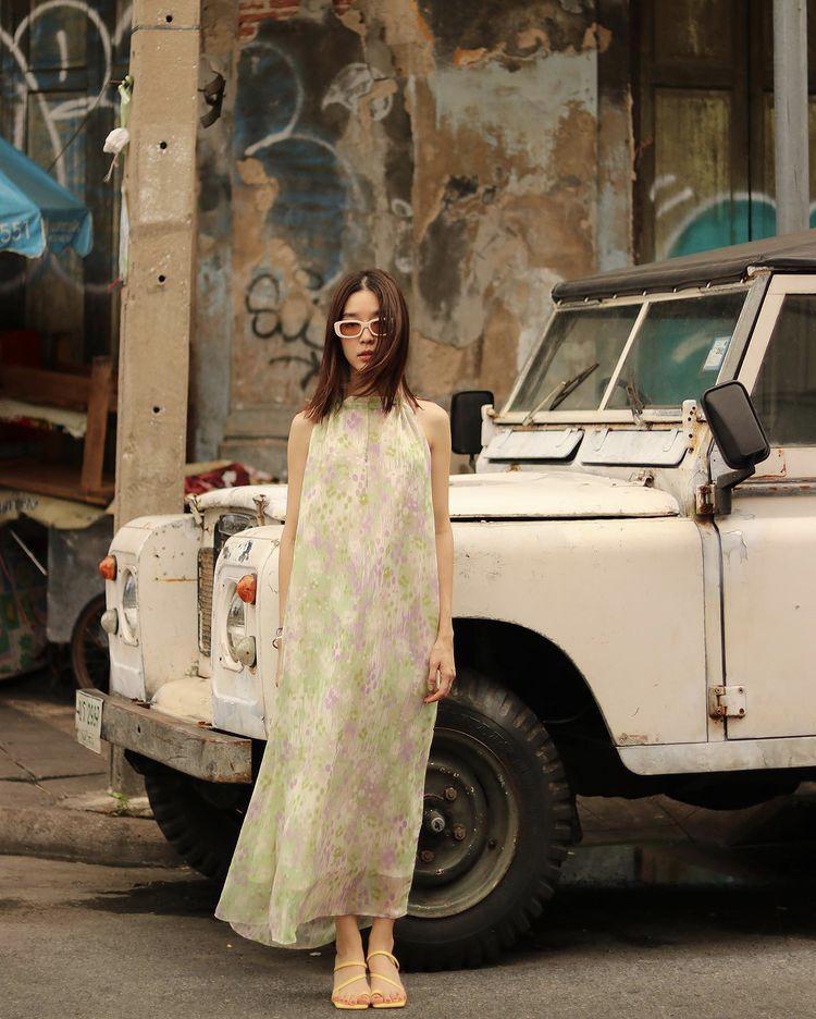 Mỹ nhân Thái Lan phối váy áo hoa đón thu không lo sến súa-2