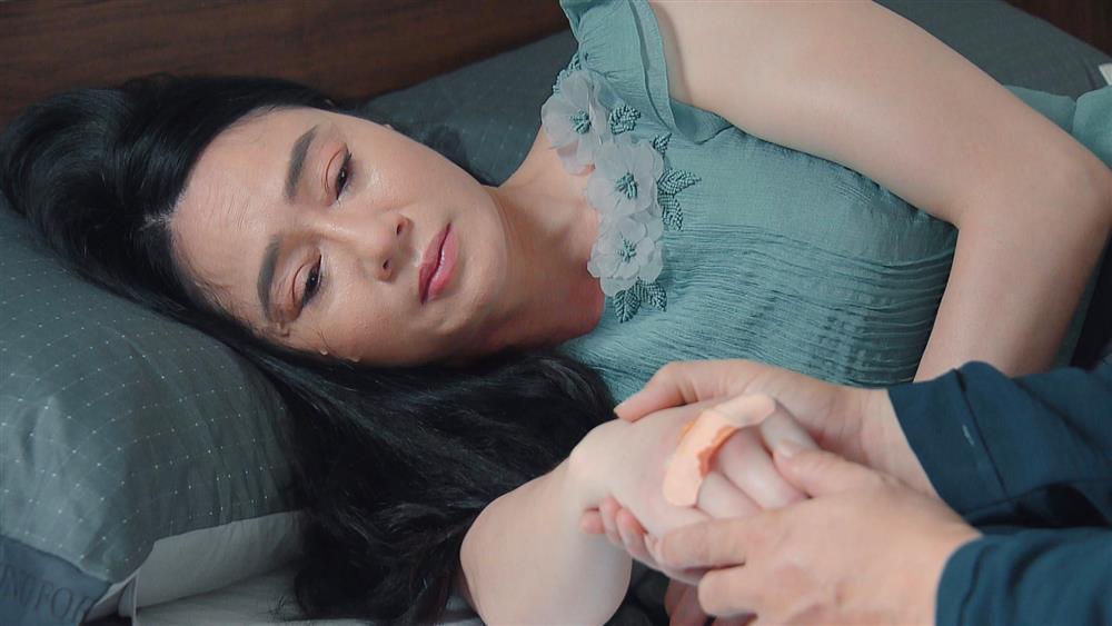 Biên kịch 'Hương Vị Tình Thân': Long và Huy chiều mẹ để tránh phiền phức