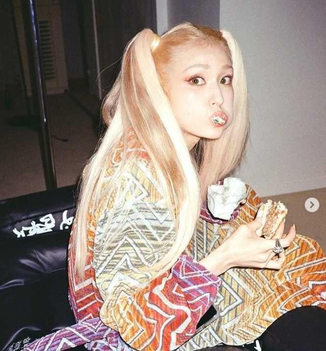 Jennie, HyunA trẻ trung lại quyến rũ khi diện loạt kiểu tóc Y2K-6