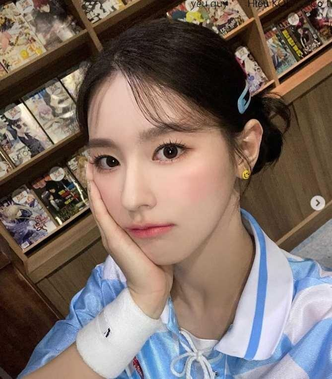 Jennie, HyunA trẻ trung lại quyến rũ khi diện loạt kiểu tóc Y2K-8