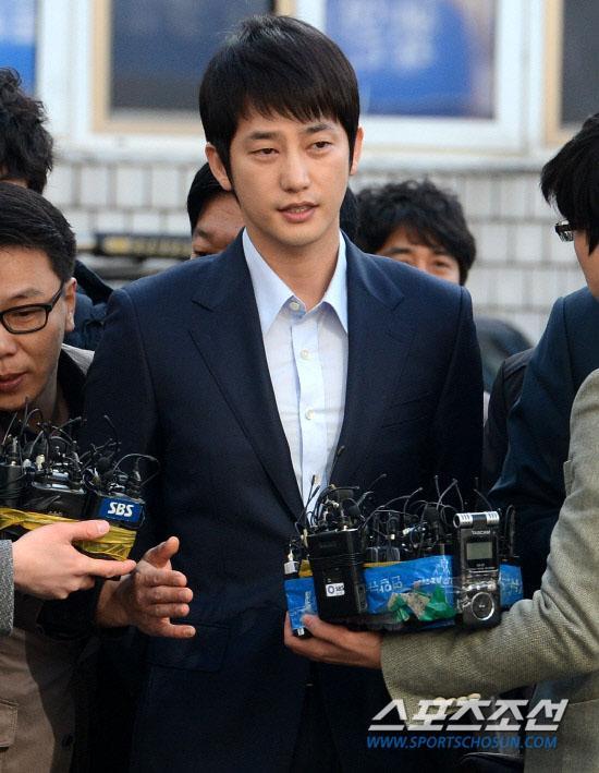 Dàn diễn viên Hàn được cứu, tái xuất đình đám sau đại scandal-11