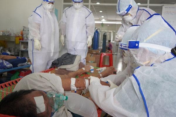 Nhật ký bác sĩ điều trị F0 chứng kiến giây phút sự sống và cái chết-1