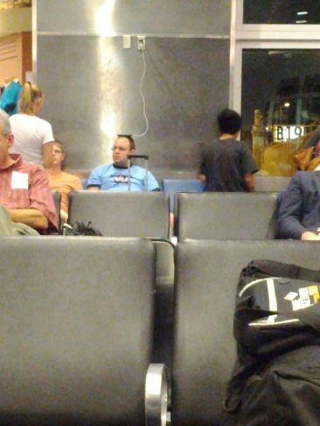 Cách đi ra sân bay thế nào cho ngầu của những kẻ khác người!-4