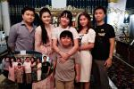 Bà Phương Hằng khoe ảnh gia đình, hiếm hoi góp mặt 2 nàng dâu