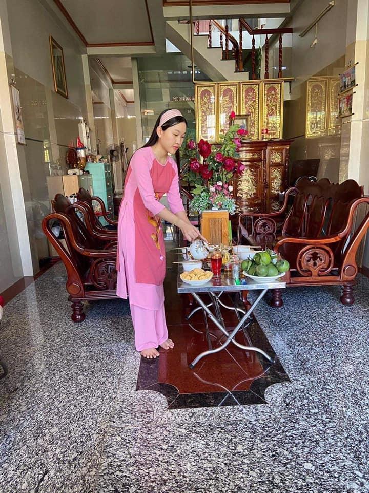 Dàn sao cầu an cho Phi Nhung trong ngày cúng Tổ nghiệp-5