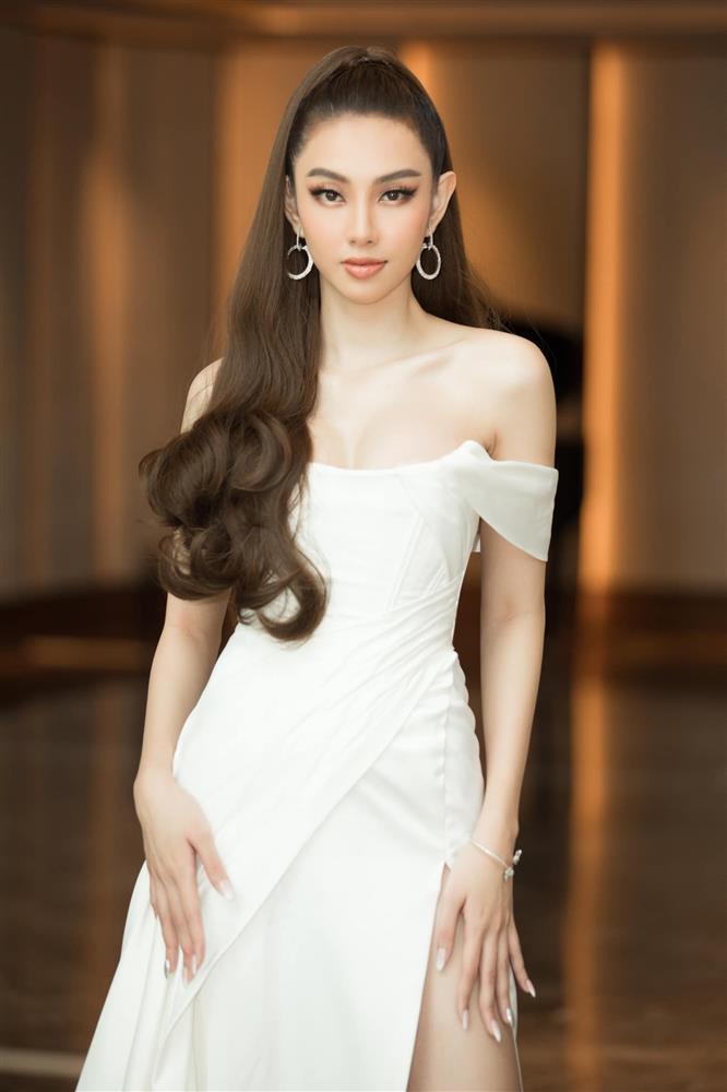 Hé lộ bản vẽ Quốc phục của Thùy Tiên dự thi Miss Grand 2021-5