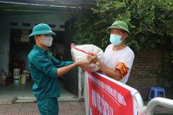 Ổ dịch quận Long Biên tăng 12 ca, việc Hà Nội nới lỏng giãn cách có ảnh hưởng?