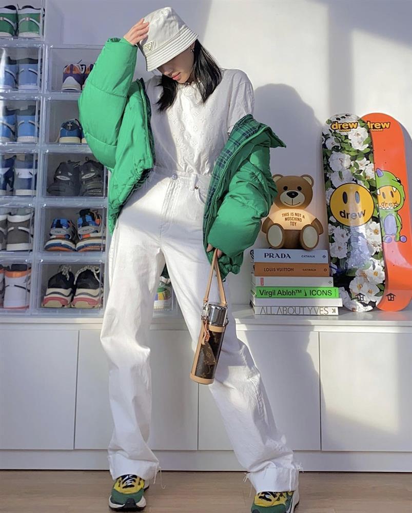 Khánh Linh mix đồ cực đỉnh từ tủ đồ của bạn trai-5