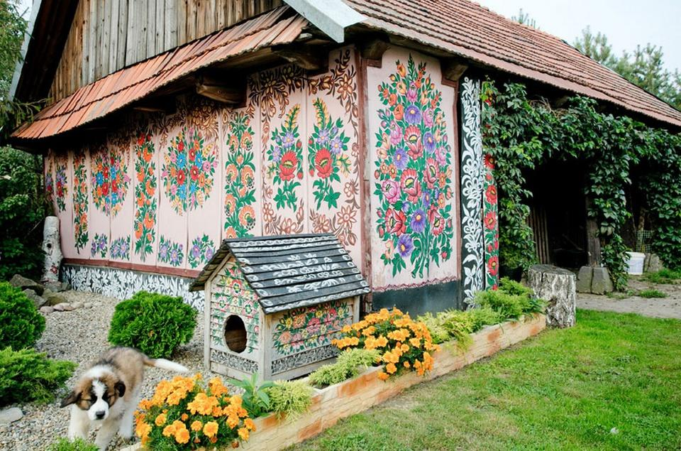 Ngôi làng cổ tích ngập tràn sắc hoa ở Ba Lan-2