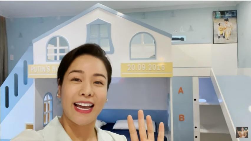 Nhật Kim Anh khóc mừng sinh nhật con, nhắc đến chồng cũ-1