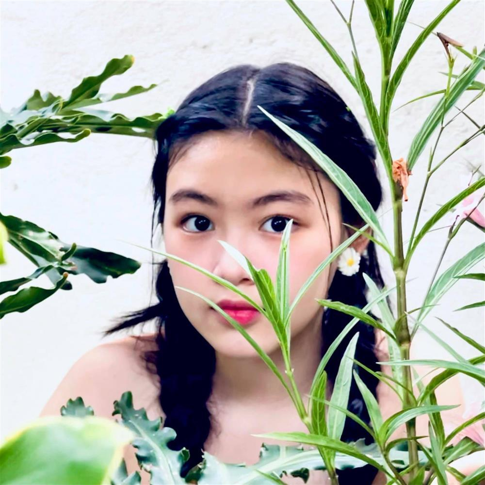 Nhan sắc đẹp như hoa hậu của con gái MC Quyền Linh ở tuổi 16-4