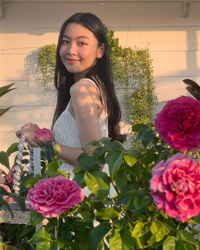 Nhan sắc đẹp như hoa hậu của con gái MC Quyền Linh ở tuổi 16-7