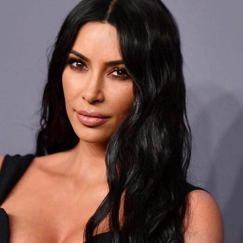 Sau 13 năm, Kim Kardashian lộ phần 2 clip 18+ từng oanh tạc thế giới?-2