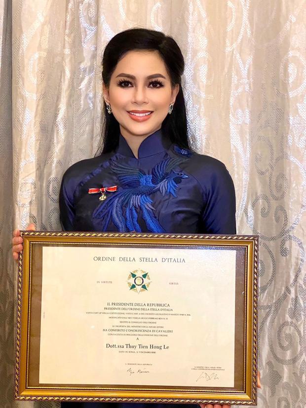 Thần thái chuẩn phu nhân tỷ phú của mẹ Tiên Nguyễn ở tuổi 51-1