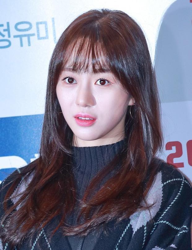 Mina và Hwayoung: Trà xanh - rắn độc hủy hoại tương lai nhóm-9