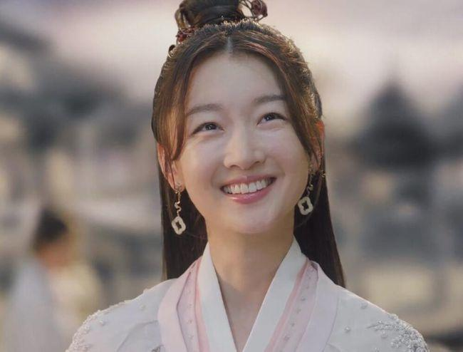 Sự dễ dãi của các nhà làm phim cổ trang Trung Quốc-11