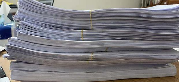 Giang Kim Cúc tung xấp sao kê gần 2 tháng hết 2,5 triệu tiền giấy in-4