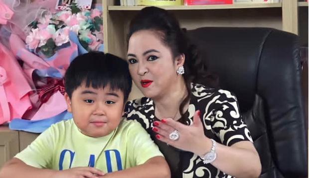 Bà Phương Hằng tuyên bố chuyện vui liên quan tỷ phú 9 tuổi-1