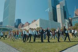 Màn trình diễn hoành tráng của BTS giữa trụ sở Liên Hợp Quốc