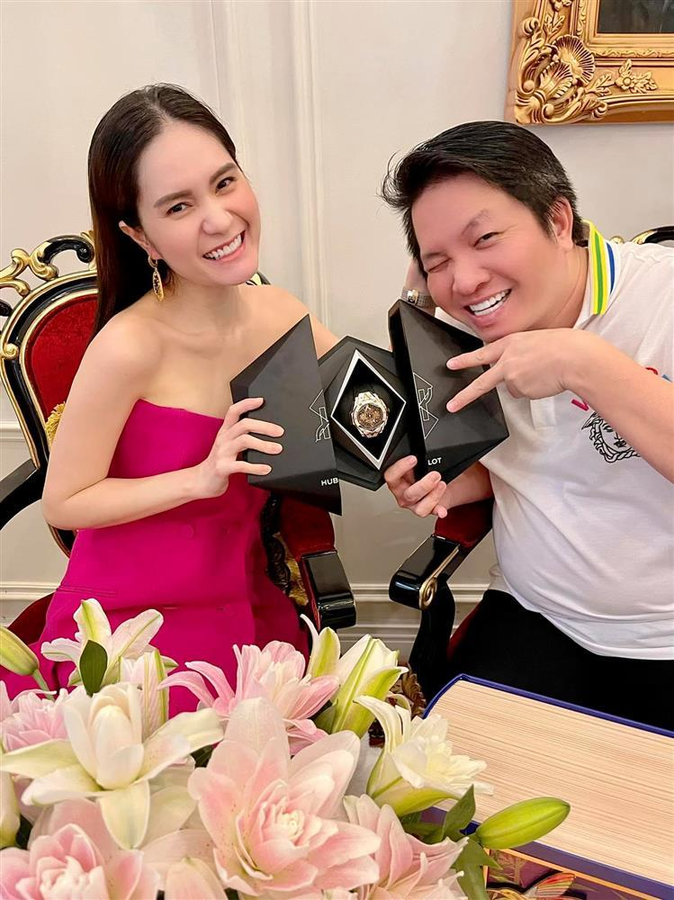 Đoàn Di Băng tặng quà khủng ông xã nhân dịp Trung Thu-2