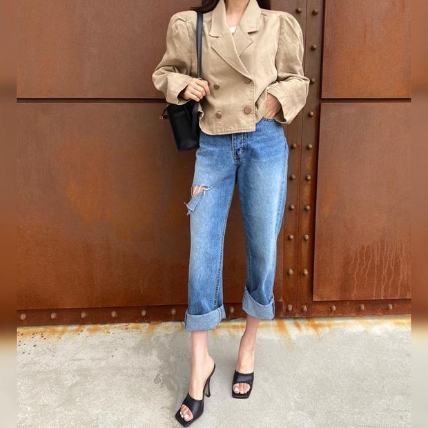 Công thức mix đồ với quần jeans giúp chị em tôn dáng-4