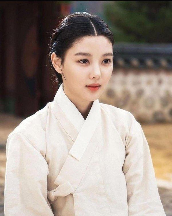Phim của Kim Yoo Jung và Ahn Hyo Seop là siêu phẩm cổ trang 2021-5