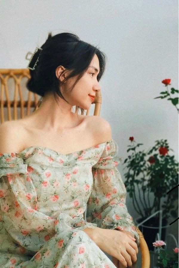 Bà chúa tóc giả, nữ hoàng trị hói của Vbiz gọi tên Hòa Minzy!-12