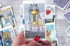Bói bài Tarot thứ 5 ngày 23/9/2021: Chuyện tình cảm dễ 'toang'