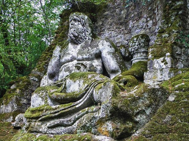 Công viên quái vật huyền bí bị lãng quên suốt 400 năm-2