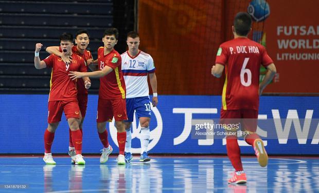 HLV trưởng đội tuyển Futsal Việt Nam nhiễm Covid-19-1