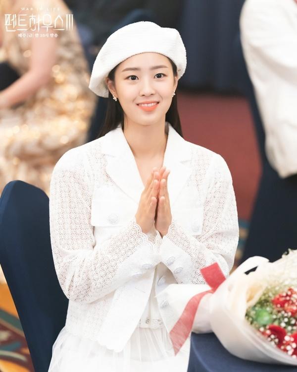 Penthouse: Eunbyul muốn giật bồ, còn Choi Ye Bin lại đẩy thuyền!-1