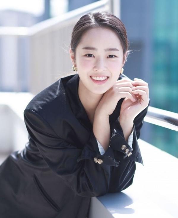 Penthouse: Eunbyul muốn giật bồ, còn Choi Ye Bin lại đẩy thuyền!-3