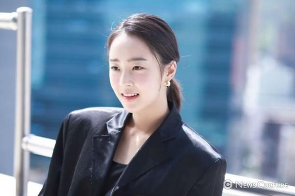 Penthouse: Eunbyul muốn giật bồ, còn Choi Ye Bin lại đẩy thuyền!-5