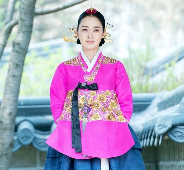 Penthouse: Eunbyul muốn giật bồ, còn Choi Ye Bin lại đẩy thuyền!-9