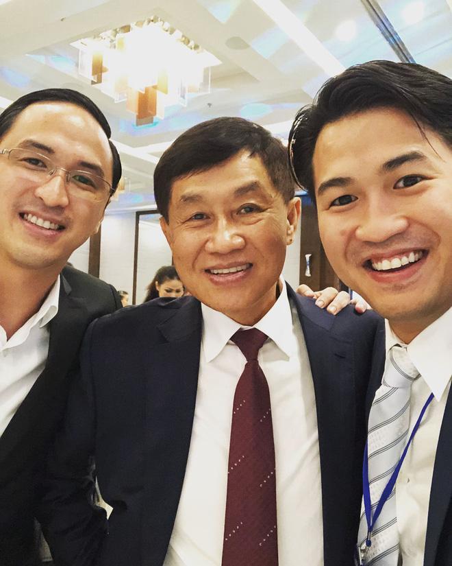 Tỷ phú Johnathan Hạnh Nguyễn khiến con trai học hỏi về cách ứng xử-3
