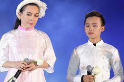 Phi Nhung nhập viện 1 tháng, Hồ Văn Cường 'mất tích' bí ẩn?