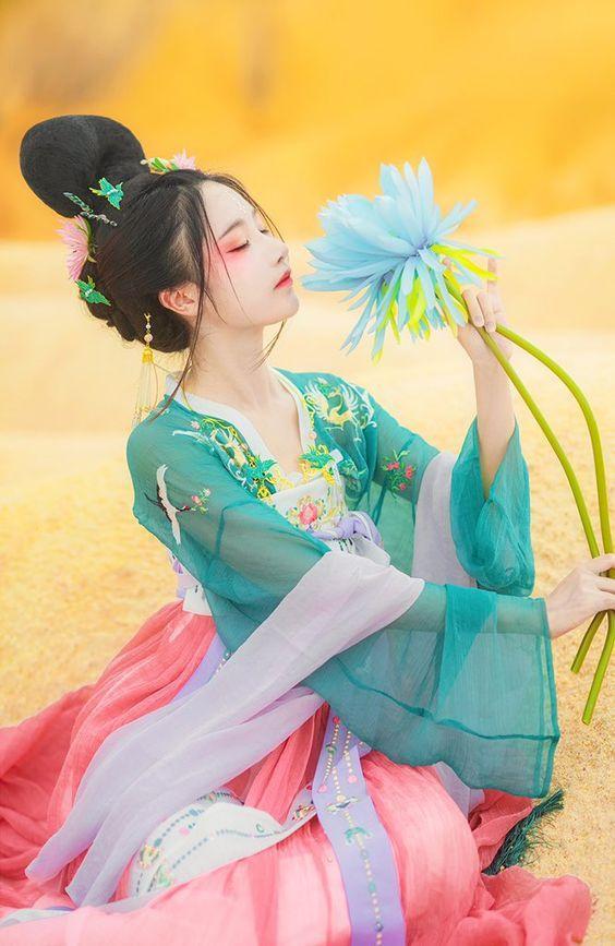 Thiên Bình theo đuổi cái đẹp, chung thủy trong tình yêu-2