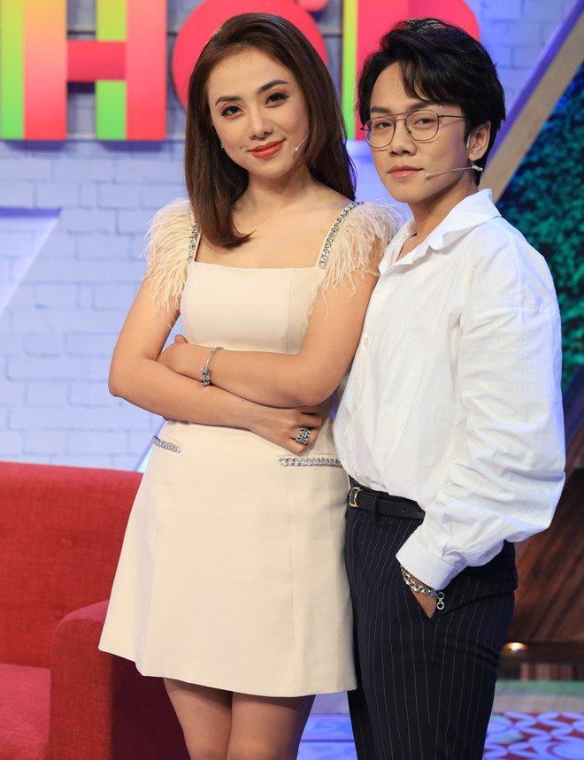 Miko Lan Trinh bị đài phát thanh đuổi việc?-4